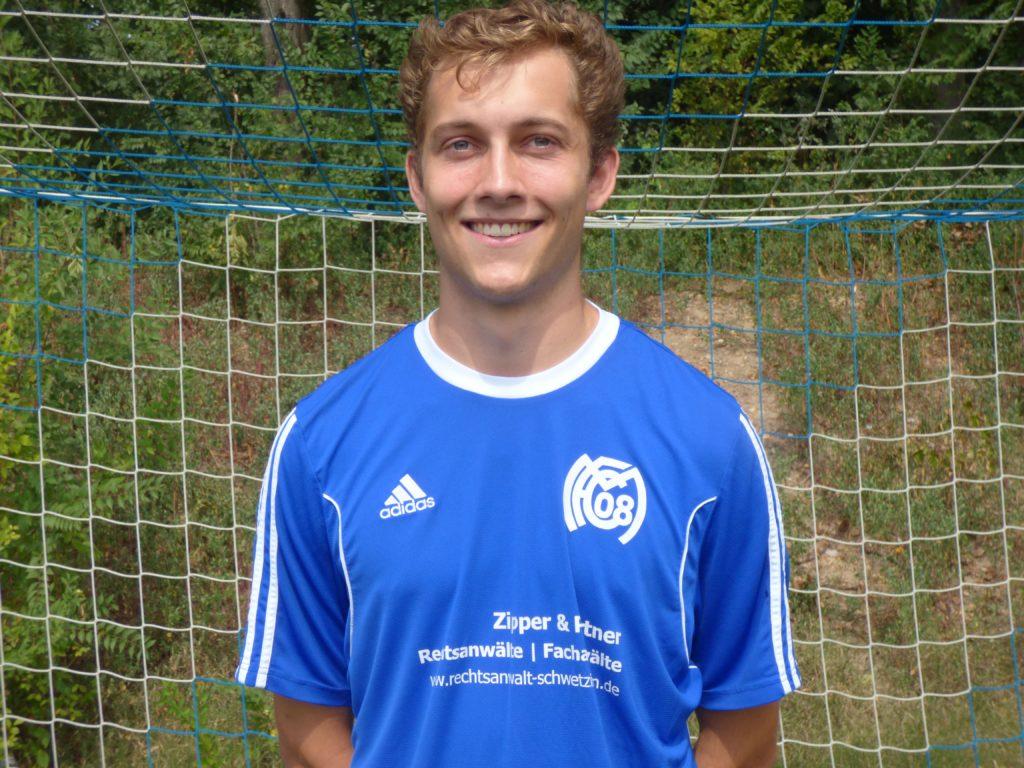 Name: Lennart Droste Position: Abwehr