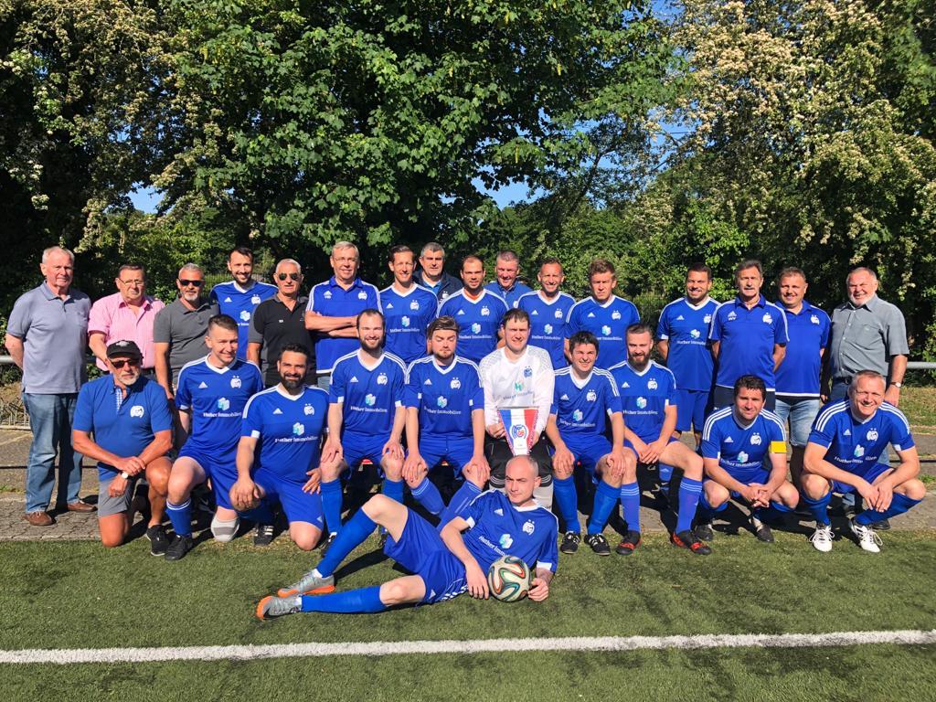 Blauweiß 08 nach Saisonabbruch Meister der Privatmannschaften