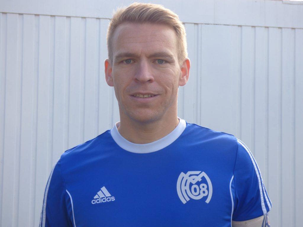 Name: Christian Bauer Position: Mittelfeld