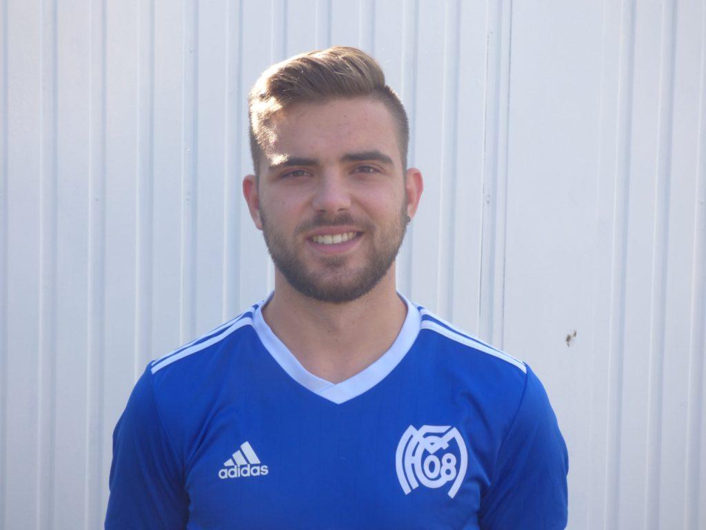 Name: Fabian Puente Position: Verteidigung