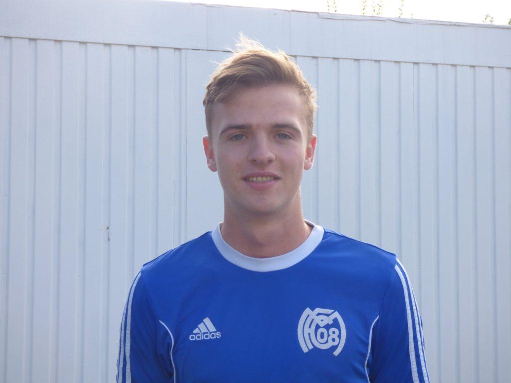 Name: Leon Umstätter Position: Mittelfeld