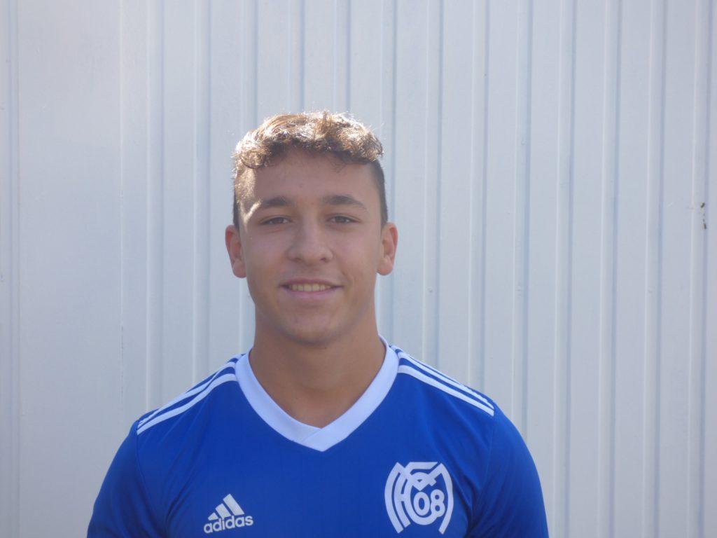 Name: Lukas Bade Position: Verteidigung