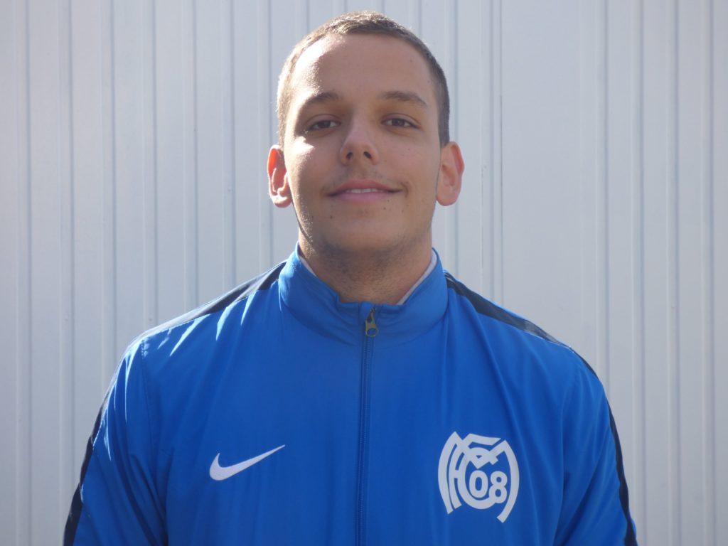 Name: Julian Bonarita Position: Mittelfeld